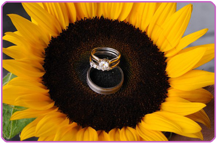 Sun Flower and wedding Ring Set